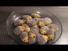 Koláčiky v tvare ježka: Krásny a jednoduchý nápad na vianočné pečivo! Berry Smoothie Recipe, Easy Smoothie Recipes, Easy Smoothies, Snack Recipes, Coconut Milk Smoothie, Homemade Frappuccino, Canned Blueberries, Biscuits, Scones Ingredients