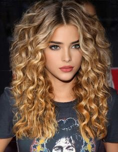 Most Beautiful Faces, Beautiful Women Pictures, Gorgeous Eyes, Beautiful Girl Image, Beautiful Blonde Girl, Beauty Full Girl, Beauty Women, Brunette Beauty, Hair Beauty