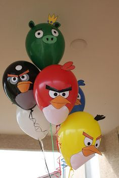 Angry Birds Party Ideas. Balloon template and cake pops.