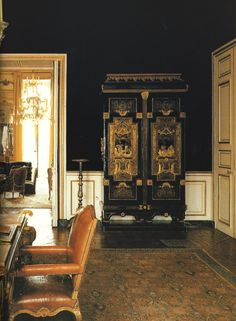 in the parisian townhouse of hubert de givenchy