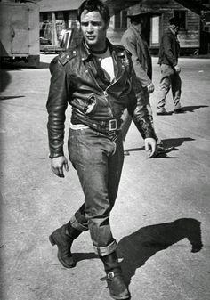 Hot Vintage Men: Marlon Brando in Black Leather