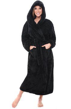 f96de92efc698 Women s Sleep   Loungewear - Alexander Del Rossa Womens Solid Colored  Fleece Robe
