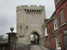 30 things to do in Lewes, East Sussex, England (Lewes Castle & Barbican House Museum) Lewes England, England Ireland, Brighton Sussex, East Sussex, Lewes Castle, Anne Of Cleves, What To Do Today, Barbican, English Heritage