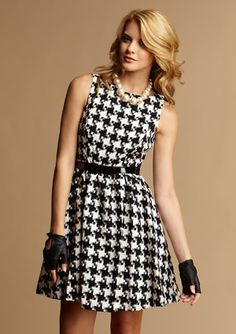 can't pull that off. Short Dresses, Dresses For Work, Fabulous Dresses, Damsel In This Dress, Gemma Styles, Houndstooth Dress, Dress Me Up, Sew Dress, Designer Collection