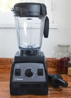 The Kitchn Reviews the Vitamix Professional Series 300 Blender — Product Review | The Kitchn