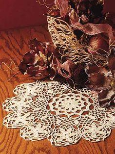 Free crochet doily pattern.