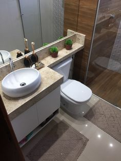 Small Bathroom Interior, Small Bathroom Layout, Bathroom Design Luxury, Modern Bathroom, Staircase Interior Design, Small Downstairs Toilet, Modern Apartment Design, Bathroom Design Inspiration, Home Design Decor