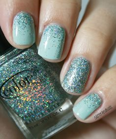 I love the gradient on all nails plus a full glitter accent nail