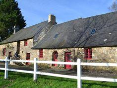 Location vacances maison Saint-Ouën-des-Toits: La petite maison de la poupardière