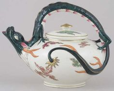 Wedgwood - Dragon colour - Teapot c1880