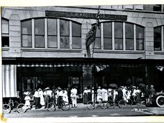 S.H.Kress & Co., 5 and 10 cents store, circa 1917.