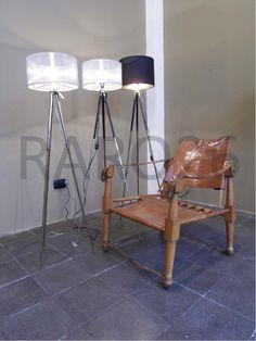 #Indian #chairs e #lampada #cavalletto in ferro