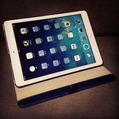 iPad Air × +Simplismスマートフリップノート、大切に使いますわ。