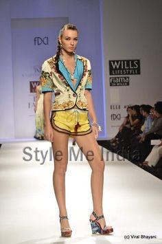 Rajdeep Ranawat at Wills Lifestyle India Fashion Week Spring- Summer 2013  (8)
