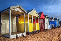 https://flic.kr/p/DqCZkf | Thorpe Bay beach huts | P2080800t
