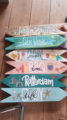 Lake Signs, Beach Signs, Diy Signs, Wood Signs, Painted Signs, Hand Painted, Crafts To Do, Diy Crafts, Paint Bar