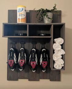 Peloton wooden wall rack to hold your essentials. Saw this picture on the Official Peloton FB member page, not my design but wanted to save it down somewhere. Home Gym Decor, Gym Room At Home, Workout Room Home, Workout Rooms, Workout Room Decor, Small Home Gyms, Basement Gym, Basement Ideas, Bike Room