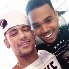 Neymar and Breezy - say CHEESE!