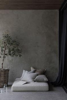 Dark & Romantic, a Sophisticated Villa in Black