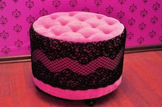 Pink ottoman lace table by Le Pukka - girl femme bedroom or walk in closet