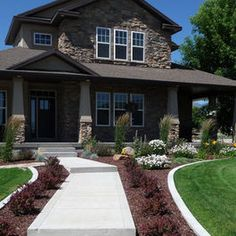 Exterior Photos Front Yard Landscaping Design Ideas, Pictures, Remodel, and Decor - page 6