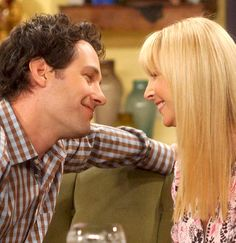 """17 Times Phoebe And Mike Were The Best Couple On """"Friends"""""""