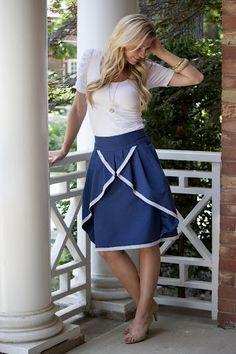 Navy pinwheel skirt. LOVE.  http://elleapparel.blogspot.com/2011/08/design-for-shabby-apple.htm!