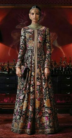 The latest designs of lehenga, wedding lehenga, bridal lehengas, gagra choli are available on sale for a limited period at Panache Haute Couture. Wide range of zardozi, marodi and gotta work lehengas available. Indian Gowns, Indian Attire, Indian Wear, India Fashion, Ethnic Fashion, Asian Fashion, Women's Fashion, Pakistani Outfits, Indian Outfits