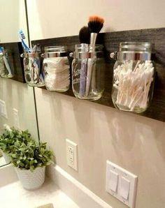 Mason jars for organizing the #bathroom - #diy