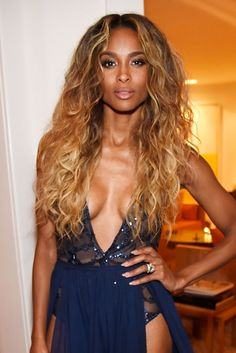 The 10 Best Beauty Looks: Chloë Sevigny, Beyoncé, Natalie Portman, and More