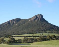 The Grampians Accommodation - Walking Tracks Open in the Grampians National Park and MacKenzie Falls Terra Australis, Land Of Oz, Travel Wallpaper, Victoria Australia, Holiday Photos, Landscape Photos, Country Style, Monument Valley, Melbourne