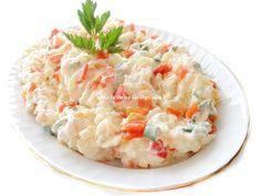 salata tarifim nefis oluyor.mutlaka tavsiyemdir...25 yıl öncesine ait bir tarif.isteyen bu salata-mezeyi kızarmış ekmek üzerine sürüp k... Snack Recipes, Snacks, Canapes, Food Presentation, Risotto, Potato Salad, Salads, Ethnic Recipes, Snack Mix Recipes