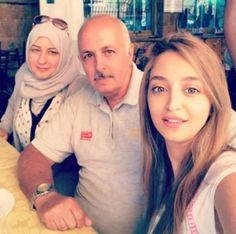 Rozina Alazkani and her parents   روزينا لاذقاني