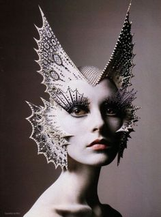 I'm obsessed with High Fashion makeup and movie makeup. <3 this