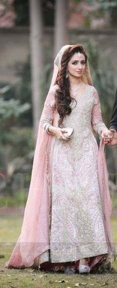 Pakistani wedding couture. uploaded by Fatimah Hayat.