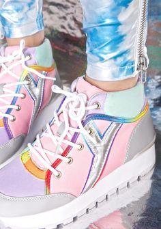 ♡BUNNY♡ (coquettefashion: Pastel Hi-Top Sneakers)
