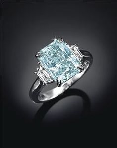 5 Carat Intense Greenish Blue Diamond Ring auctioned by Christie's. Estimated price is $1,000,000-$1,500,000.