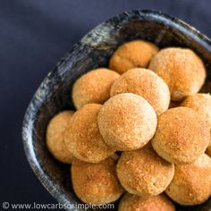 Heavenly Cinnamon Bites, Low Carb - Crunchy outside, chewy inside, cinnamon, vanilla… pure bliss! (See volume/cup measurements in comments section) Sugar Free Recipes, Low Carb Recipes, Cooking Recipes, Ketogenic Recipes, Ketogenic Diet, Diabetic Recipes, Low Carb Bread, Low Carb Keto, Low Carb Deserts