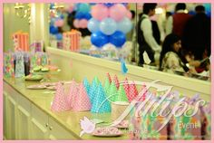 Sweet Birds Birthday Party Theme Decoration & Planner in Lahore Pakistan. ‪#‎Birds‬ ‪#‎Partyideas‬ ‪#‎GreenParty‬ ‪#‎Decoration‬, ‪#‎Balloons‬, Invitations and kids Entertainment Services. Design by: Tulips Creative Team | www.thematicbirthdayplanner.com  A Part of: www.tulipsevent.com