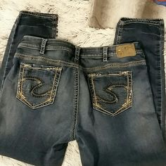 Silver brand Suki Joga jeans sz 20 x 31 Silver brand Suki Joga jeans.  Sz 20 x 31.  Themse appear to have a Straight leg or maybe even tapered.  Used condition.  #143 Silver Jeans Jeans Straight Leg