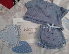 Conjunto de bebe. www.facebook.com/blancaypunto2013
