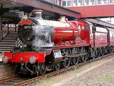 GWR 5972 Olton Hall (Hogwarts Express) (1937)