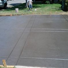 Extended driveway with grey color added with roman slate stamp and bands to seperate - Yelp Poured Concrete Patio, Stamped Concrete Driveway, Concrete Patio Designs, Cement Patio, Concrete Driveways, Stained Concrete, Walkways, Modern Driveway, Circular Driveway
