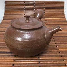 Mayake style round teapot 340ml  by Hokujo - #japanesepottery  #japaneseceramics  #pottery #ceramics #tea #greentea #wabipot #teatime #instatea #茶壶