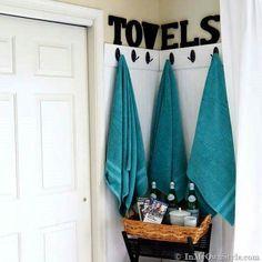 Corner towel hooks