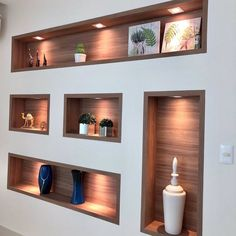 Trockenbau – Zeitreise im Zickzack Niche Design, Tv Wall Design, Ceiling Design, Home Design, Decor Interior Design, Interior Decorating, Design Case, Living Room Designs, Living Room Decor
