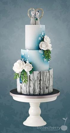 Navy and Grey Bear Wedding Cake by the 'Little Cherry Cake Company' Wedding Cake Decorations, Cool Wedding Cakes, Elegant Wedding Cakes, Elegant Cakes, Beautiful Wedding Cakes, Gorgeous Cakes, Wedding Cake Designs, Pretty Cakes, Winter Torte