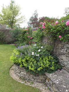 Walls/planters could be like this, or brick, or smooth... I'd prefer things to be a bit more eclectic.