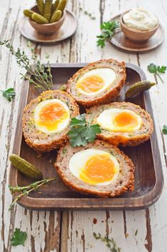 Crispy Scotch Eggs with Runny Yolk - Scruff & Steph Soft-boiled eggs wrapped in pork sausage, crumbed then deep-fried until golden and crispy. Homemade Scotch Eggs, Scotch Eggs Recipe, Picnic Snacks, Eggs Low Carb, Runny Eggs, Egg Wrap, Mint Sauce, Pub Food, Food Food