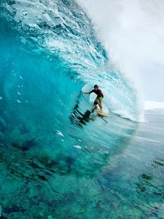 turquoise: surfing big waves   beach, ocean & sea . Strand & Meer . plages & mer   @ Darling, be daring  